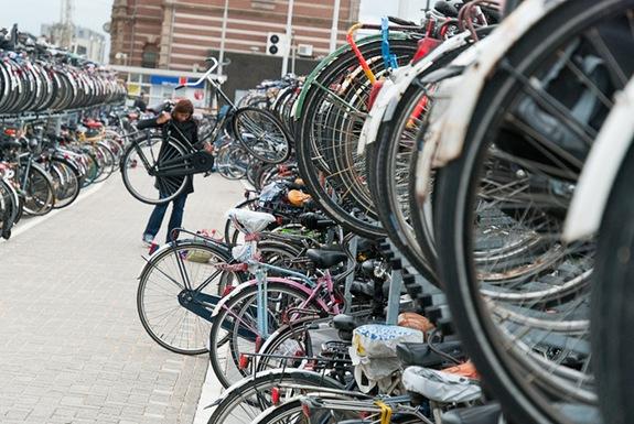 bikesinamsterdam1421695109
