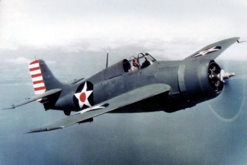 Уайлдкат (U.S. Navy Grumman F4F-3) в специфичната си окраска за ранната 1942.