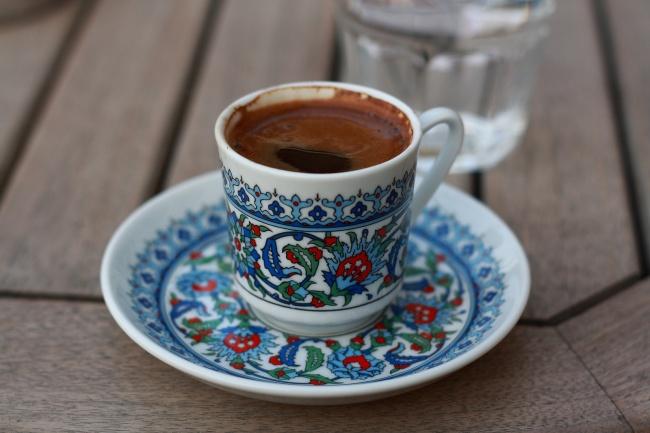 1043760-R3L8T8D-650-turkish-coffee