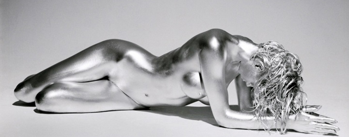6_silver_body_painting_women_guido_argentini11-1440x564_c
