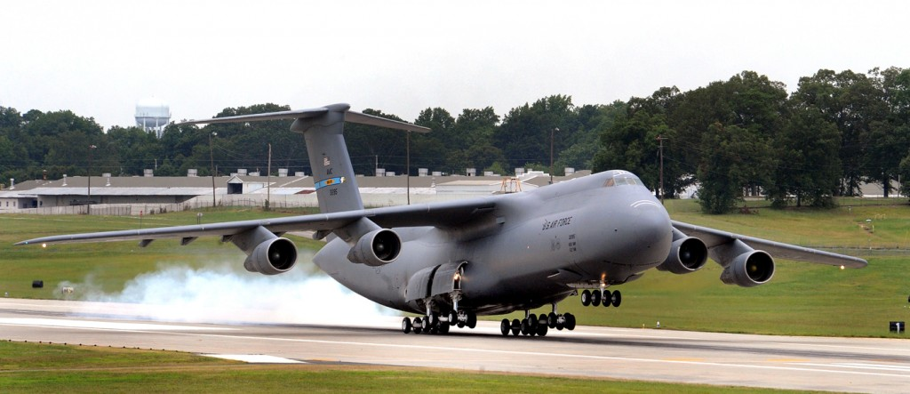 Lockheed-C-5-Galaxy-Photos