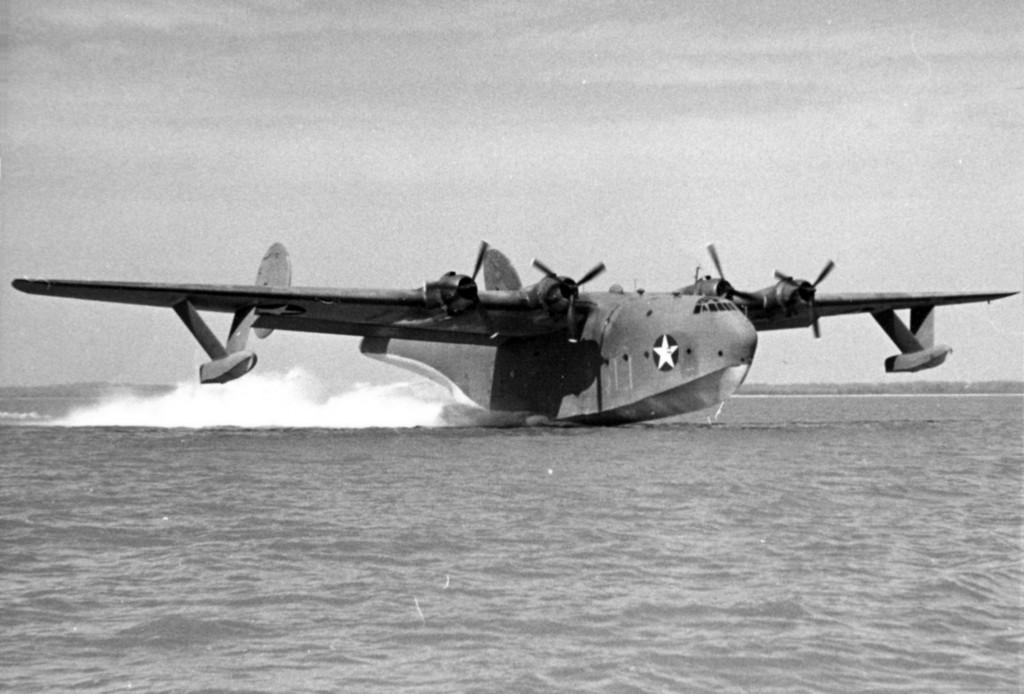 Martin_XPB2M-1R_Mars_taking_off_c1944