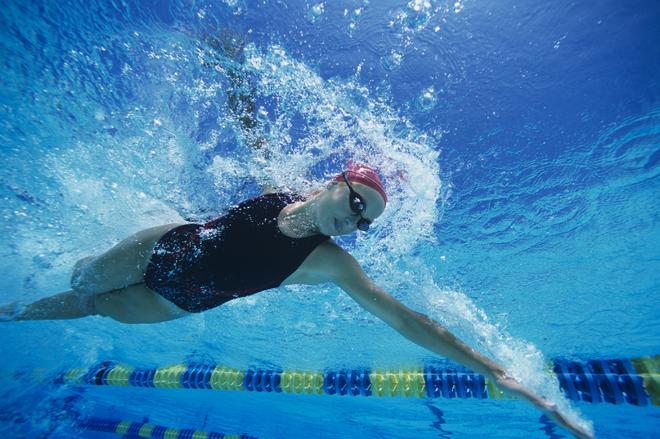 Swimmer Mid-stroke
