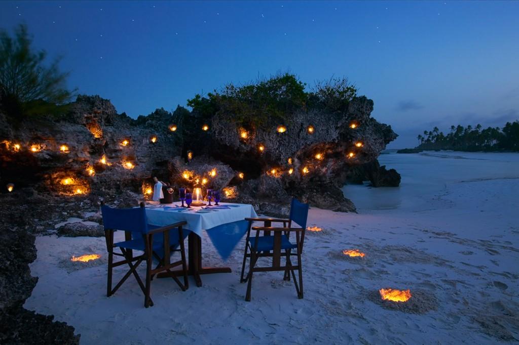 Matemwe-romantic-beach-dinner-web