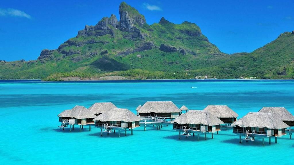 aqua-blue-lagoon-luxury-water-villas-at-bora-bora-tropical-isl-tahiti-desktop-background-597733