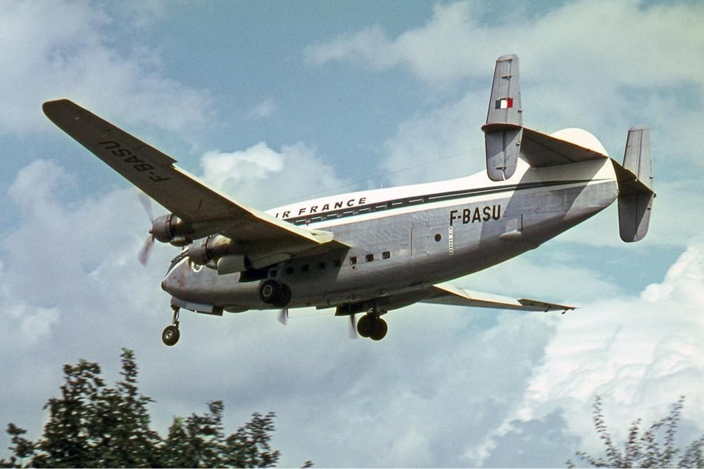 Breguet_Br.763_Deux_Ponts,_F-BASU,_Air_France_Manteufel-1